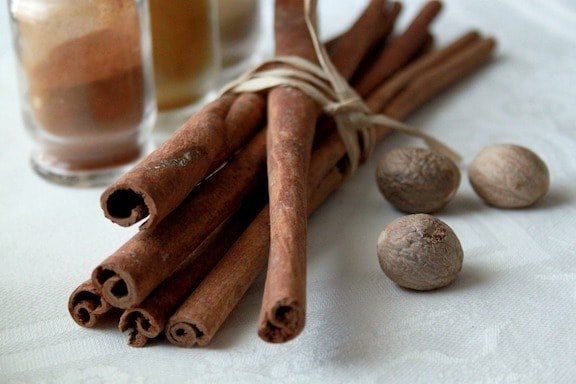 cinnamon sticks for vegan eggnog