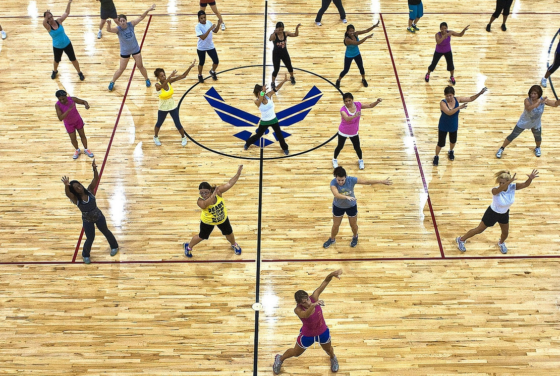 dance workout in a gym
